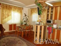 2-х этажный комфортный дом с евроремонтом и благоустроенной территорией, общей п. Астра, Чернигов, Черниговская область. фото 4