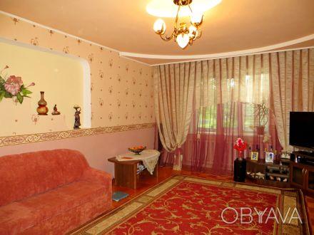2-х этажный комфортный дом с евроремонтом и благоустроенной территорией, общей п. Астра, Чернигов, Черниговская область. фото 1