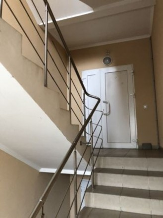 Центр, район Корабельной площади, общая площадь 66 м.кв, балкон застеклённый, св. Суворовский, Херсон, Херсонская область. фото 4