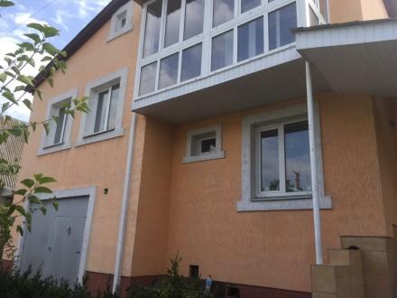 Отличный двухэтажный дом, утеплён.В доме 4 комнаты, балкон,лоджия. Два санузла, . Чернигов, Черниговская область. фото 9