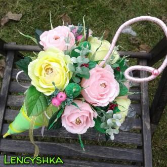 Букет из конфет, зонтик с цветами и конфетами. Киев. фото 1