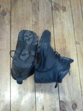 Ботинки с хорошем состоянии, не промокают, размер по стельке 27см. Киев, Киевская область. фото 3
