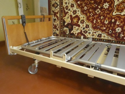Кровать медицинская для инвалида с электроприводом. Желтые Воды. фото 1