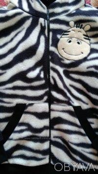 Продаю прикольную пайту-зебру можно носить как мальчику так и девочке в отличном. Киев, Киевская область. фото 3