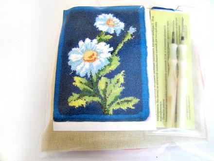 Набор для «ковровой вышивки»  2 иглы «Ромашки». Ивано-Франковск. фото 1