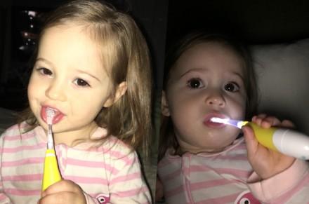 Зубная щётка детская. Электрическая. С фонариком. Чернигов. фото 1