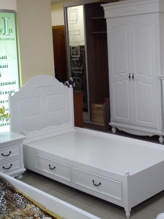 На сайте указана цена за кровать 1600х2000 мм спальное место и две прикроватные . Киев, Киевская область. фото 13