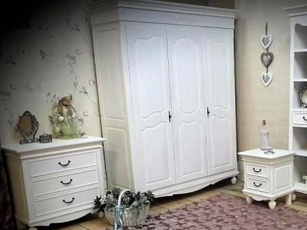 На сайте указана цена за кровать 1600х2000 мм спальное место и две прикроватные . Киев, Киевская область. фото 8