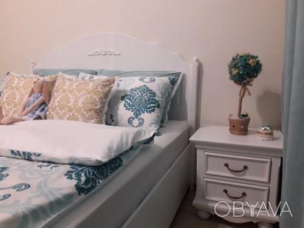 На сайте указана цена за кровать 1600х2000 мм спальное место и две прикроватные . Киев, Киевская область. фото 1