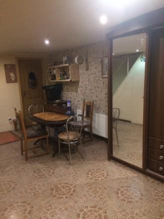 Продається житлове приміщення в районі варшавського магазину:комфортне розміщенн. Луцк. фото 1