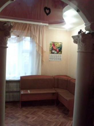 Квартира в центре Бородинского в хорошем жилом состоянии,не торцевая.,балкон и л. Бородинский, Запорожье, Запорожская область. фото 3