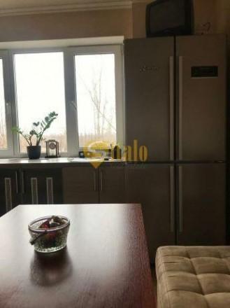 Предлагаем  светлую, просторную 2-комнатную квартиру на 4-этаже 9-этажного дома.. Хортицкий, Запорожье, Запорожская область. фото 3