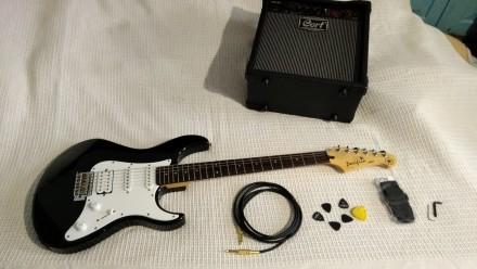 Гитарный набор ВИДЕО Электрогитара Yamaha Pac 012 и комбик Cort MX15 и другое.... Дубно. фото 1