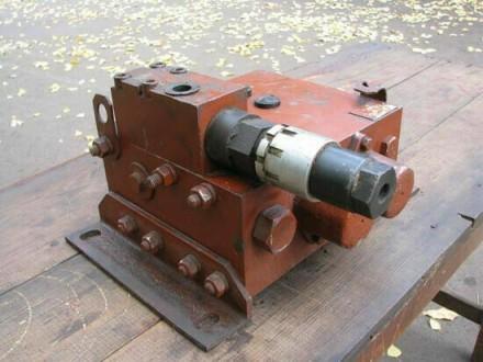 Гидрораспределитель КС 3575А (84/800-06) (2-х секц.) Автокран КС-3577А. Мелитополь. фото 1