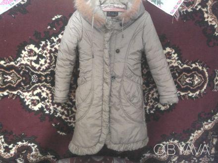 Пальтишко зимнее,очень теплое,на девочку 10-13 лет серо-горчичного цвета.Длинна-. Вышгород, Киевская область. фото 1