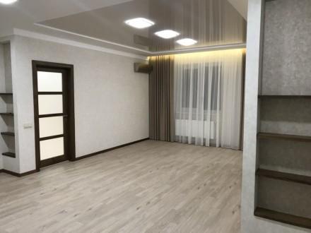 3-комнатная квартира, 95 кв.м. Винница. фото 1