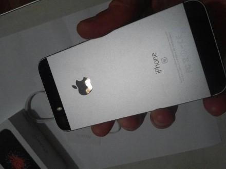 Apple Iphone se -64 gb продам личный. Каменское. фото 1