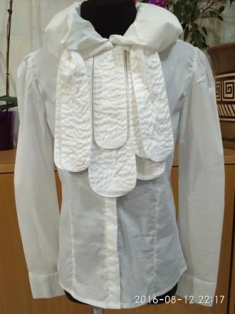 Красивая блузка для девочки в школу -138 размер. Біла Церква. фото 1