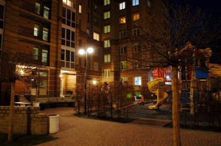 Дворівнева трикімнатна квартира в ЖК Центральний, вул. Д.Попова 26в, центр міста. Ирпень, Киевская область. фото 5