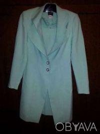 Костюм женский нарядный мятного цвета (пиджак и платье). Кривой Рог. фото 1