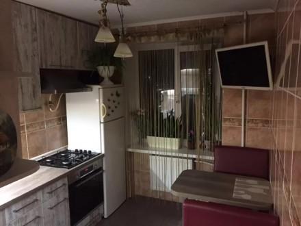 Продается добротная двухкомнатную квартира по ул. Чигиринская.. Черкассы. фото 1