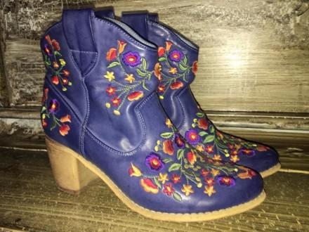 Сапожки (туфли) синие с цветами. Киев. фото 1