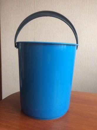Продам пластмассовые цветные ведра 6 л.. Харьков. фото 1