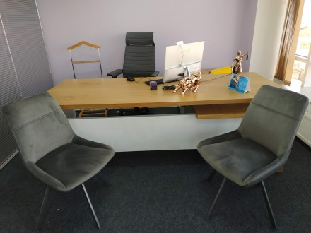 Продам комплект офисной мебели. Одесса. фото 1