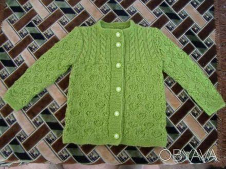Продам кардиган (кофточку) детский, связанный из очень мягкой, хорошого качества. Гайворон, Кировоградская область. фото 1