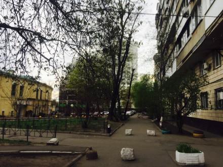 3 кабинета, евроремонт, частично есть офисная мебель, сигнализация, бронедверь, . Печерск, Киев, Киевская область. фото 2