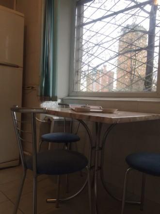 3 кабинета, евроремонт, частично есть офисная мебель, сигнализация, бронедверь, . Печерск, Киев, Киевская область. фото 7