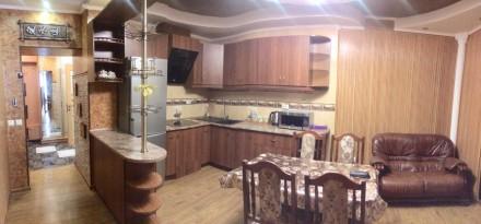 в отличном состоянии,кухня студио и на эркере спальня,в наличии вся бытовая техн. Намыв, Николаев, Николаевская область. фото 2