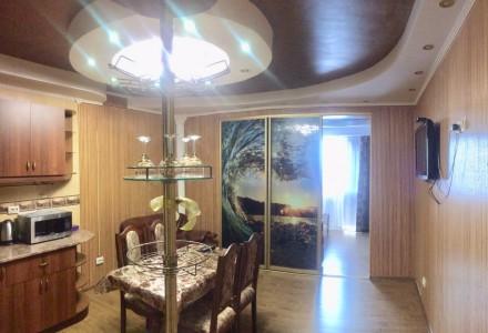 в отличном состоянии,кухня студио и на эркере спальня,в наличии вся бытовая техн. Намыв, Николаев, Николаевская область. фото 3