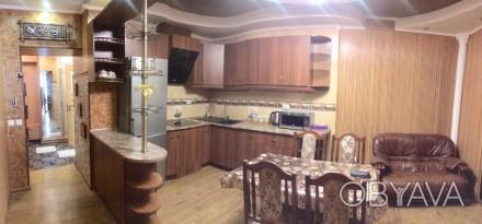в отличном состоянии,кухня студио и на эркере спальня,в наличии вся бытовая техн. Намыв, Николаев, Николаевская область. фото 1