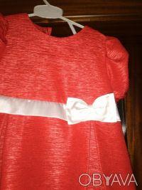 Праздничное платье, подойдет к любому торжестве, на подкладке. Декорировано бело. Кривий Ріг, Дніпропетровська область. фото 2