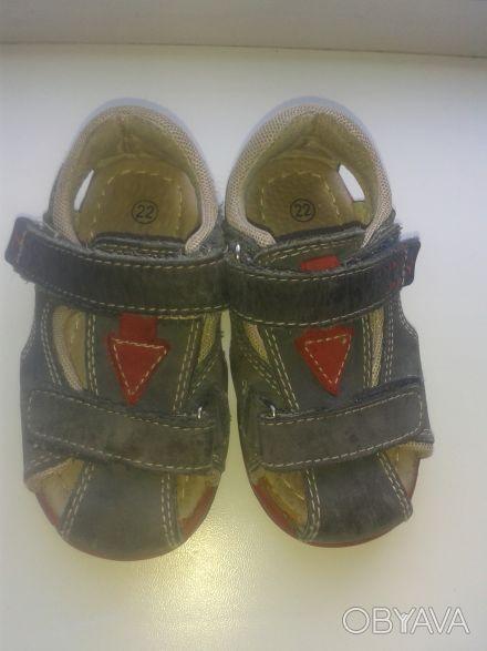 Продам сандалии 22 размер в очень хорошем состоянии.Есть супинатор, твердая пято. Киев, Киевская область. фото 1