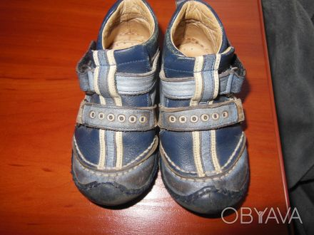 Демисезонные ботинки 21 размер.Ботинки кожаные, супинатор, твердая пяточка.Носил. Киев, Киевская область. фото 1