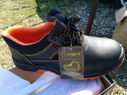 Взуття робоче з металевим носком. Ивано-Франковск. фото 1