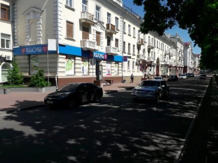 Сдам помещение в центре города Чернигов.  Три фасадных окна, кондиционир, сигна. Чернигов, Черниговская область. фото 2
