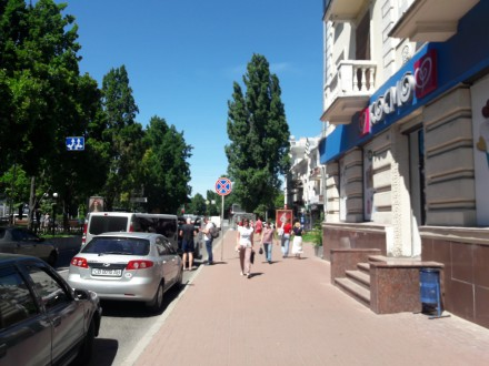 Сдам помещение в центре города Чернигов.  Три фасадных окна, кондиционир, сигна. Чернигов, Черниговская область. фото 4