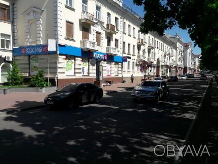 Сдам помещение в центре города Чернигов.  Три фасадных окна, кондиционир, сигна. Чернигов, Черниговская область. фото 1