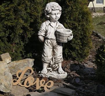 Садовая скульптура Мальчик с цветочным горшком – красивая уличная фигура выполне. Хмельницкий, Хмельницкая область. фото 2