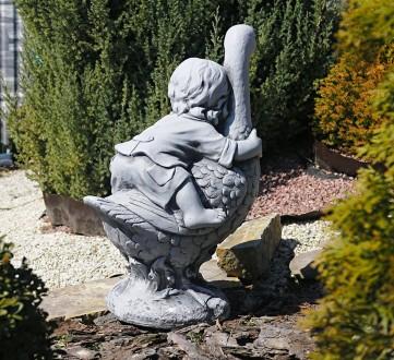 Садовая фигура Мальчик с гусем – качественная скульптура мальчика, который сидит. Хмельницкий, Хмельницкая область. фото 5