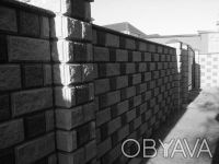 Предприятие производит и реализует бетонные стеновые вибропрессованые блоки.  . Киев, Киевская область. фото 5