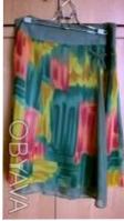 Цветная шифоновая юбка на однотонной шифоновой подкладке.Впереди с боку разрез у. Киев, Киевская область. фото 3