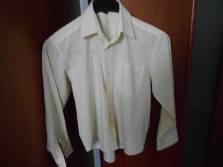 рубашки,для мальчика, рост 122-128 см на каждый день, есть теплая рубашка ,тенис. Киев, Киевская область. фото 9