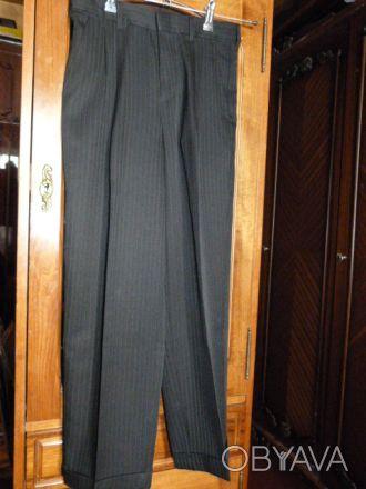 Брюки школьнику  состояние новых,одевалась два раза, малы, пояс 70, длина 92, от. Киев, Киевская область. фото 1