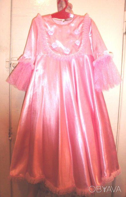 Детское платье розового цвета для маленькой принцессы из атласа, втачные рукава,. Киев, Киевская область. фото 1