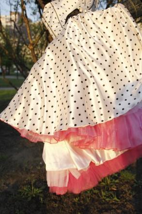 Пышное платье в горошек! Очень милое и качественное. Киев. фото 1