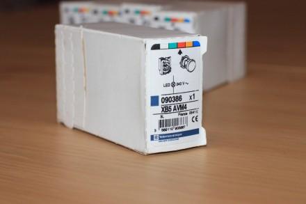 XB5 AVM4 Сигнальная лампа красная, производство Schneider Electric Описание: С. Киев, Киевская область. фото 3